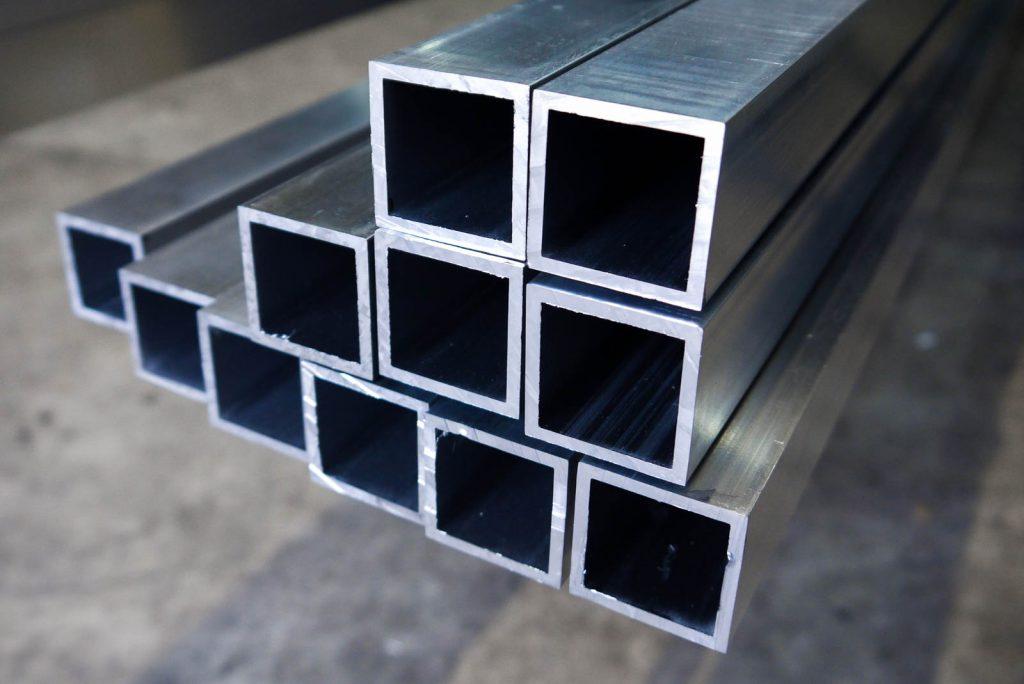 Aluminium box section
